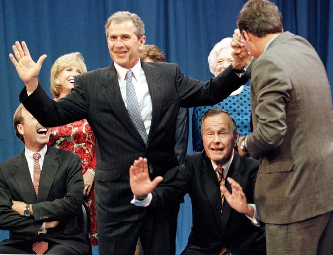 Tiết lộ lời cuối của cựu Tổng thống Bush cha - Ảnh 1.