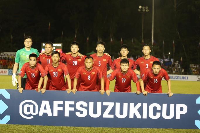Clip: Thắng Philippines 2-1, tuyển Việt Nam vẫn tiếc nuối - Ảnh 11.