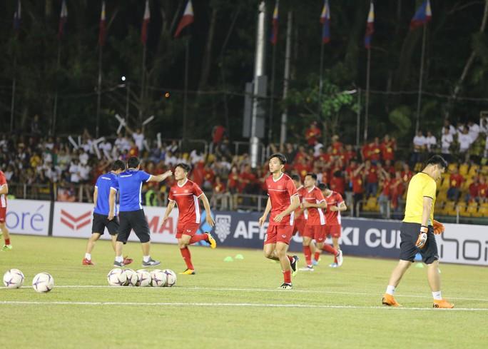 Clip: Thắng Philippines 2-1, tuyển Việt Nam vẫn tiếc nuối - Ảnh 12.