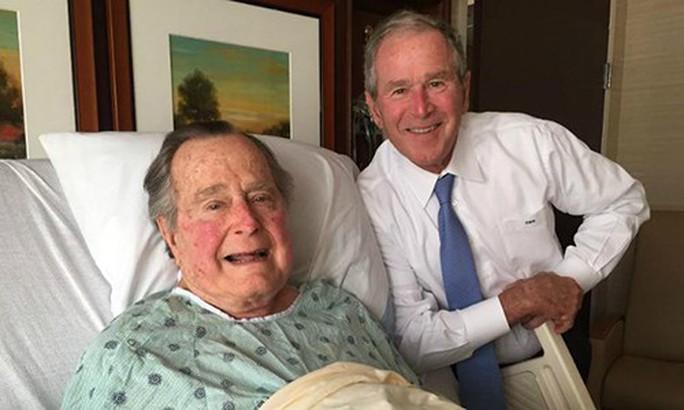 Tiết lộ lời cuối của cựu Tổng thống Bush cha - Ảnh 3.