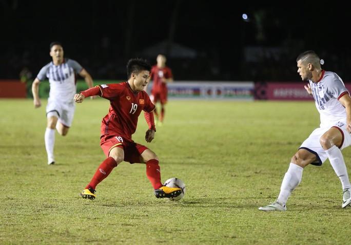 Clip: Thắng Philippines 2-1, tuyển Việt Nam vẫn tiếc nuối - Ảnh 7.