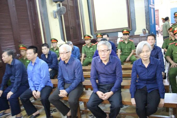 Vũ nhôm bị phạt 17 năm tù, Trần Phương Bình lĩnh án chung thân - Ảnh 1.