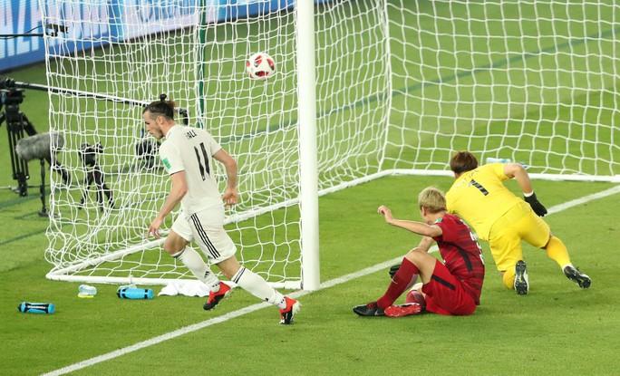 Gareth Bale lập hat-trick, Real Madrid vào chung kết World Cup - Ảnh 4.