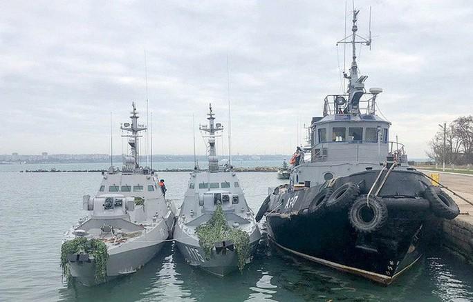 Ukraine nói về phá cầu Crimea, Nga cảnh báo hậu quả nghiêm trọng - Ảnh 1.