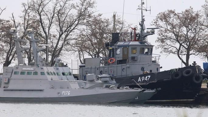 Mỹ bơm thêm tiền cho Ukraine đối phó Nga - Ảnh 1.