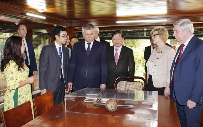 Chủ tịch Duma Quốc gia Nga bắt đầu thăm Việt Nam - Ảnh 1.