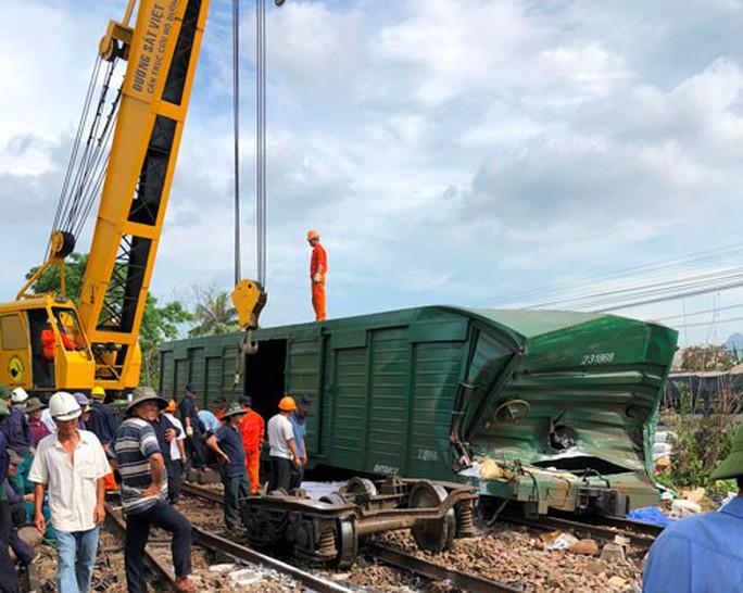 Ngành đường sắt ra tay chặn tai nạn - Ảnh 1.