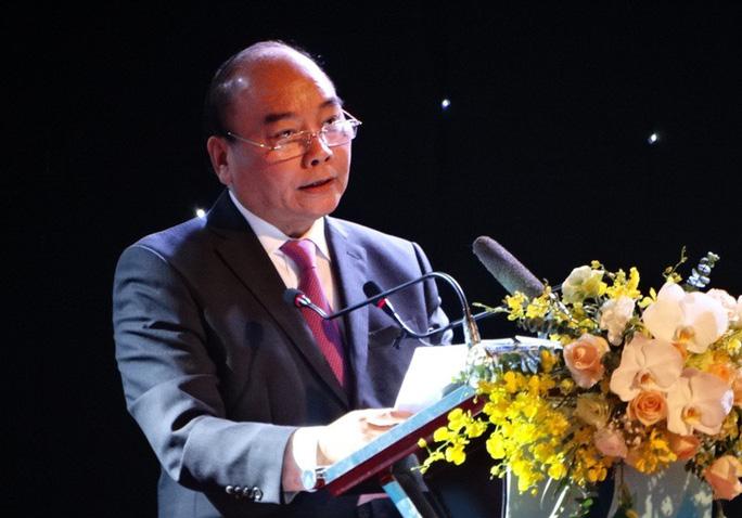 Thủ tướng dự lễ vận hành dự án Lọc hóa dầu 9 tỉ USD, đáp ứng 40% nhu cầu xăng dầu cả nước - Ảnh 1.