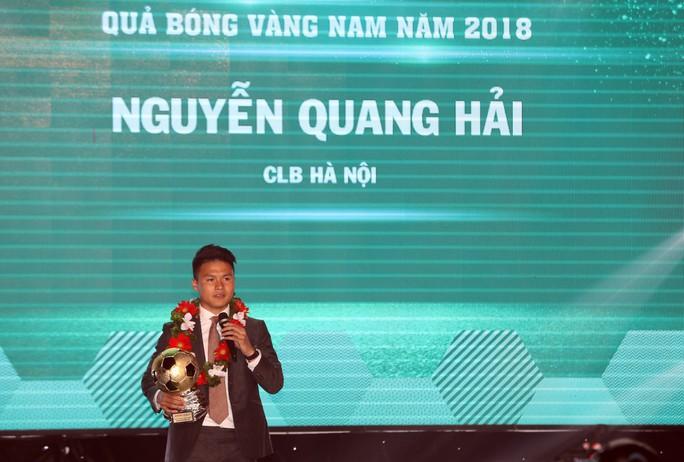 Quang Hải và cái giá của sự nổi tiếng - Ảnh 1.