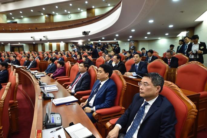 Cận cảnh khai mạc Hội nghị Trung ương 9 - Ảnh 9.