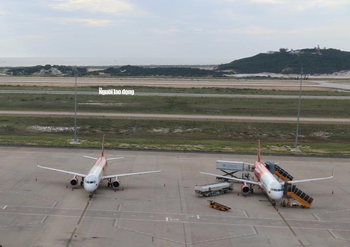 Khẩn trương điều tra sự cố máy bay hạ cánh nhầm đường băng ở Cam Ranh - Ảnh 2.