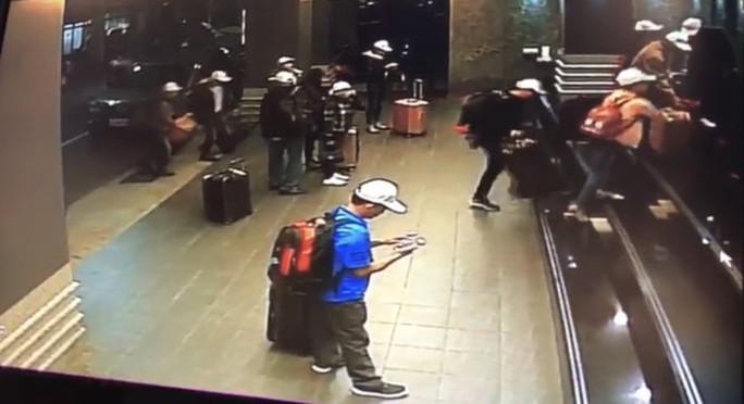 """Báo Đài Loan: 152 du khách Việt """"mất tích"""" rời khách sạn ngay sau khi nhận phòng - Ảnh 1."""