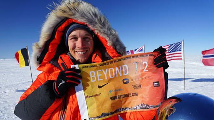 Người đầu tiên độc hành xuyên Nam Cực - Ảnh 1.
