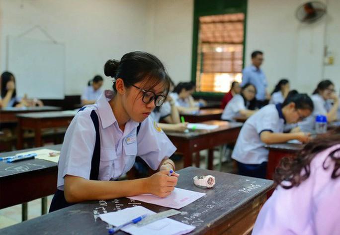 Chương trình giáo dục phổ thông mới: Học sinh tiểu học tăng giờ học từ 2.353 lên 2.838 - Ảnh 1.