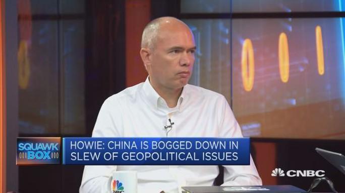 Giàu lên nhờ kinh tế Trung Quốc nhưng vẫn e ngại Bắc Kinh - Ảnh 1.