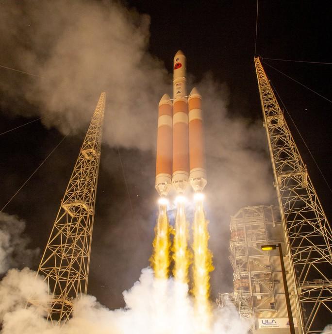 Cận cảnh cuộc khai phá không gian của 7 siêu tàu vũ trụ - Ảnh 1.