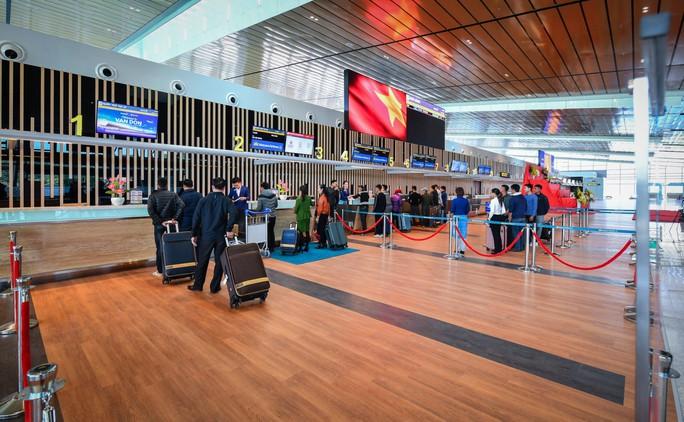 Đường bay mới TP HCM – Vân Đồn: Vietnam Airlines tiếp tục chinh phục thị trường nội địa - Ảnh 2.