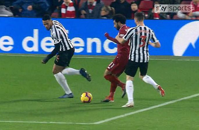 Rộ nghi án FA bảo kê cho Liverpool vô địch lượt đi  - Ảnh 3.