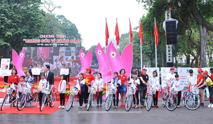Tổng Bí thư, Chủ tịch nước Nguyễn Phú Trọng làm Chủ tịch danh dự Hội Chữ thập đỏ Việt Nam - Ảnh 2.
