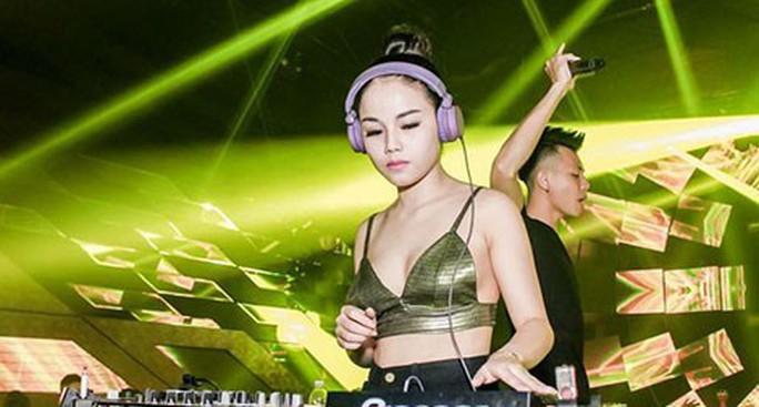 Cái kết của nữ DJ bốc lửa mê đắm trùm giang hồ - Ảnh 1.