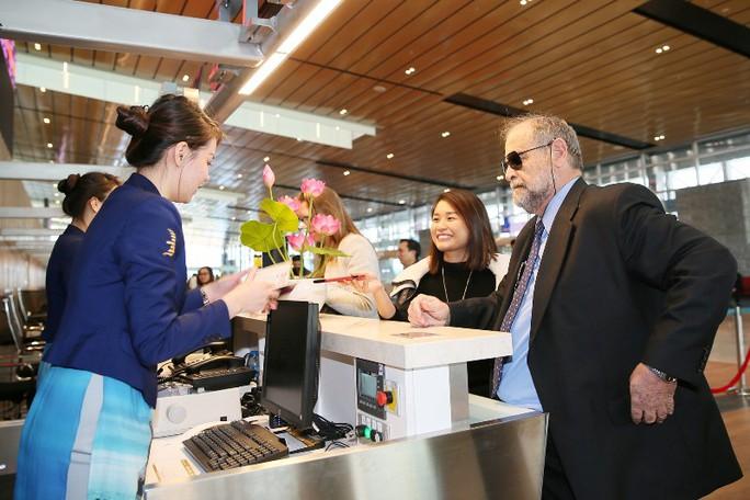 Soi nội thất sân bay Vân Đồn 7.700 tỉ đồng trước giờ đón khách TP HCM - Ảnh 9.