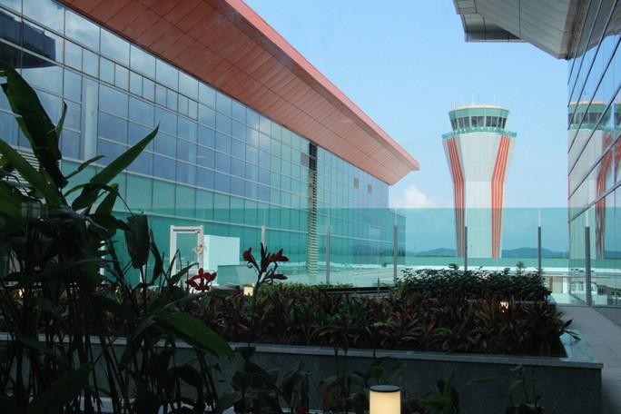 Soi nội thất sân bay Vân Đồn 7.700 tỉ đồng trước giờ đón khách TP HCM - Ảnh 17.