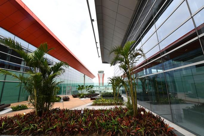 Soi nội thất sân bay Vân Đồn 7.700 tỉ đồng trước giờ đón khách TP HCM - Ảnh 19.