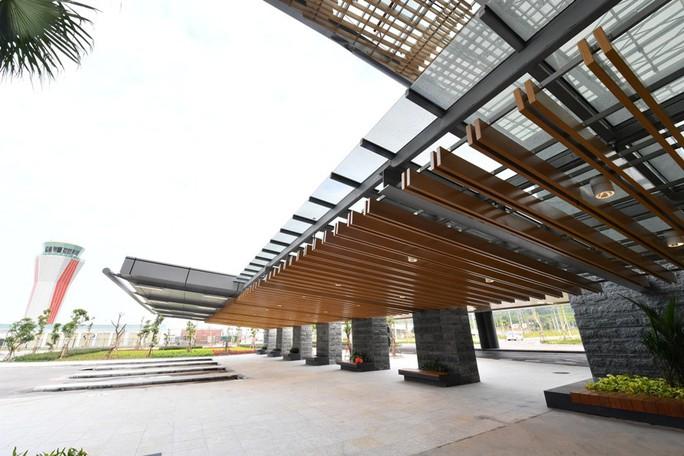 Soi nội thất sân bay Vân Đồn 7.700 tỉ đồng trước giờ đón khách TP HCM - Ảnh 21.