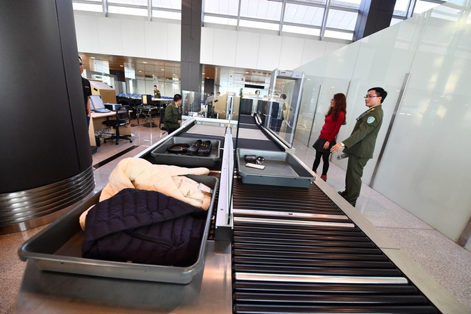 Soi nội thất sân bay Vân Đồn 7.700 tỉ đồng trước giờ đón khách TP HCM - Ảnh 13.