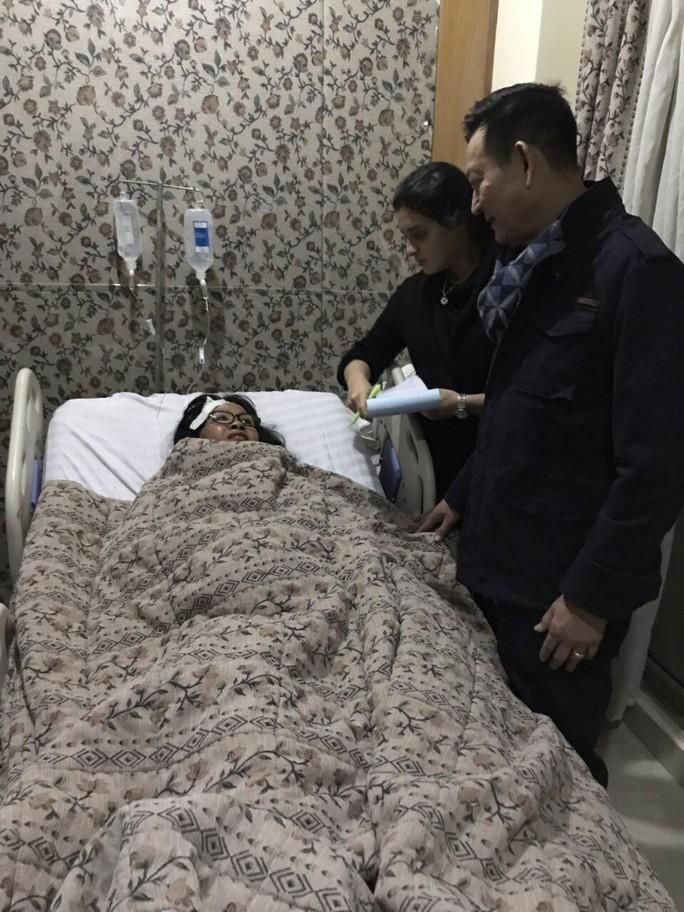 Trưa nay cấp visa cho thân nhân người Việt bị trúng bom khủng bố sang Ai Cập - Ảnh 2.