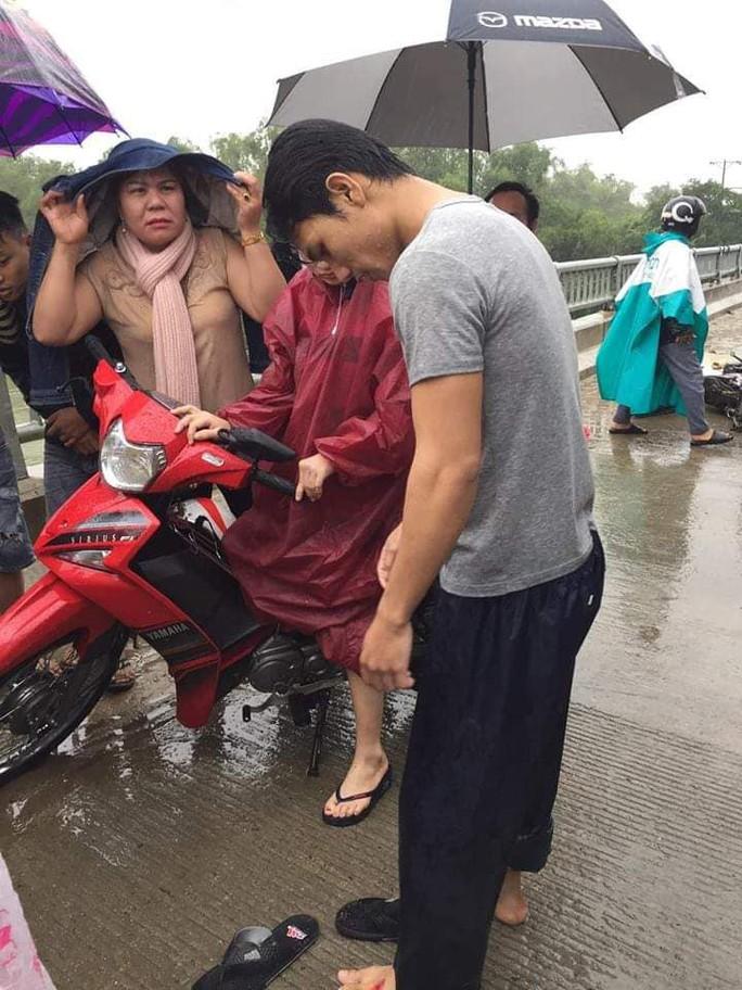 Soái ca nhảy sông cứu người nhận bằng khen của LĐLĐ Quảng Nam - Ảnh 2.