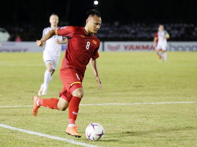 Tuyển thủ Việt Nam đứng đầu danh sách ứng cử đội hình tiêu biểu - Ảnh 6.
