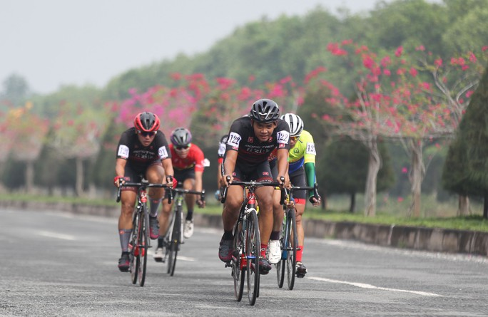 Sôi động cuộc đua xe đạp phong trào Về Cần Giờ - Ảnh 4.