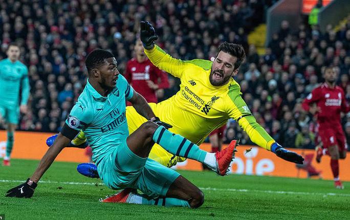Liverpool vùi dập Arsenal đêm cuối năm ở Anfield - Ảnh 2.