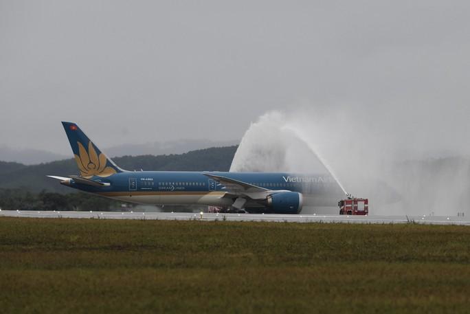 Khai trương sân bay quốc tế Vân Đồn, đón siêu máy bay Boeing 787 từ TP HCM - Ảnh 11.