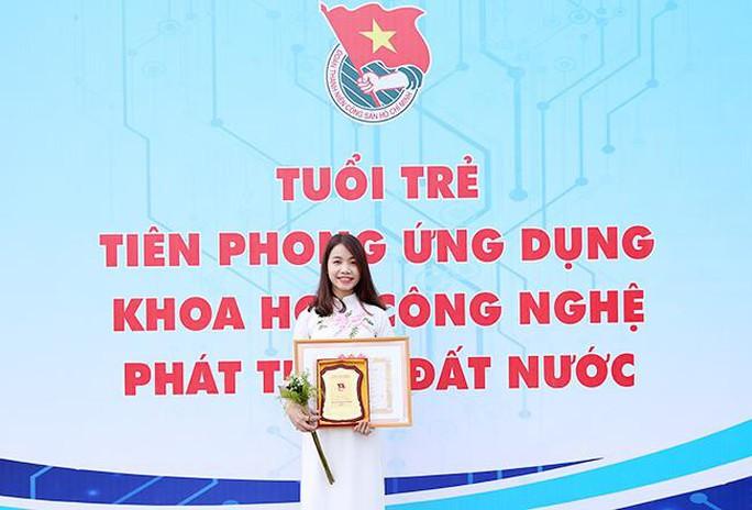 Nữ sinh Duy Tân tiêu biểu toàn quốc lĩnh vực khoa học công nghệ 2018 - Ảnh 1.