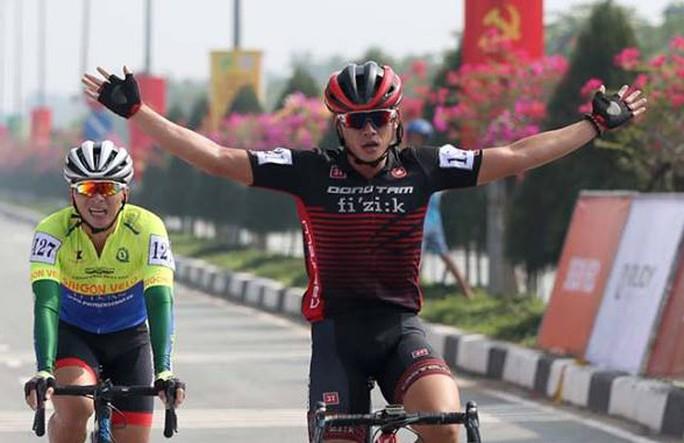 Sôi động cuộc đua xe đạp phong trào Về Cần Giờ - Ảnh 8.