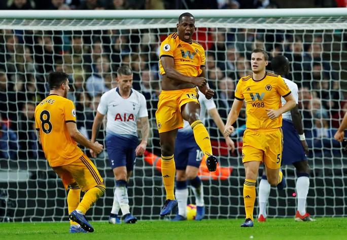 Liverpool vùi dập Arsenal đêm cuối năm ở Anfield - Ảnh 9.