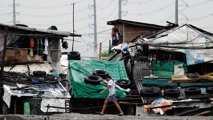 Nga, Philippines chia tay năm cũ trong cảnh tai nạn và thiên tai, hàng chục người chết - Ảnh 3.