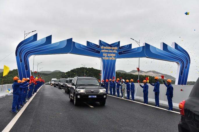 Khai trương sân bay quốc tế Vân Đồn, đón siêu máy bay Boeing 787 từ TP HCM - Ảnh 26.