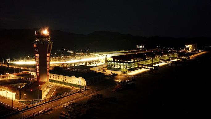 Soi nội thất sân bay Vân Đồn 7.700 tỉ đồng trước giờ đón khách TP HCM - Ảnh 5.