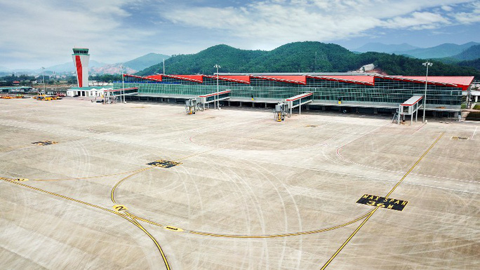 Soi nội thất sân bay Vân Đồn 7.700 tỉ đồng trước giờ đón khách TP HCM - Ảnh 24.