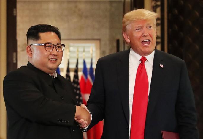 """Ông Kim Jong-un gửi """"mật thư hòa giải"""" đến Tổng thống Mỹ - Ảnh 1."""