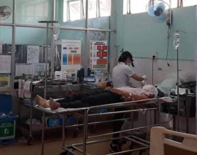 Sức khỏe phường đội phó tự sát sau khi bắn chết phó chủ tịch HĐND phường đã ổn định - Ảnh 1.