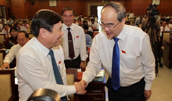 TP HCM: Sẽ lấy phiếu tín nhiệm chủ tịch, phó chủ tịch HĐND – UBND - Ảnh 2.