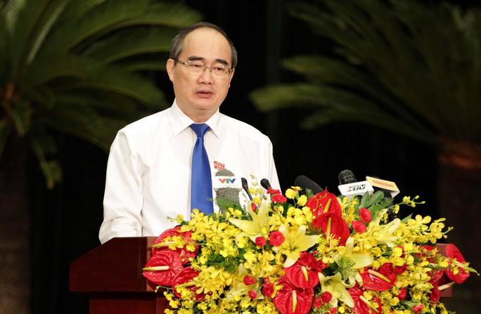 Mời lãnh đạo UBND TP HCM 5 nhiệm kỳ làm việc về Thủ Thiêm - Ảnh 1.