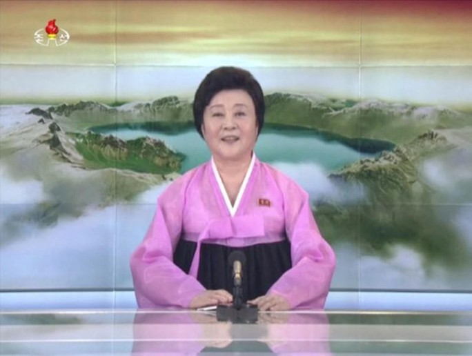 """Triều Tiên: """"Quý bà áo hồng"""" biến mất bí ẩn - Ảnh 1."""