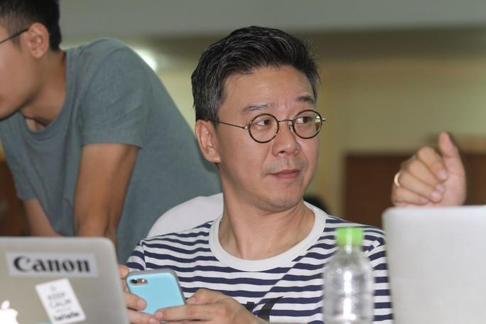 Phóng viên Hàn Quốc dự họp báo, đặt câu hỏi với HLV Park Hang-seo - Ảnh 1.
