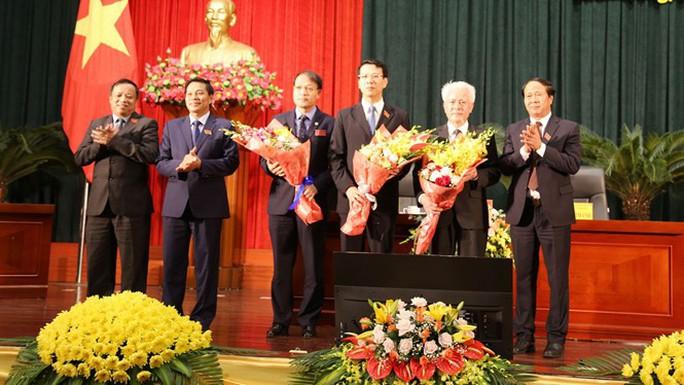 Bầu nhân sự mới thay phó chủ tịch UBND TP Hải Phòng xin thôi chức trước niên hạn - Ảnh 2.