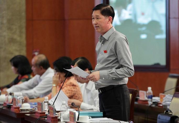 Lãnh đạo TP HCM thừa nhận có việc bỏ túi riêng trong thu phí đậu ôtô - Ảnh 1.